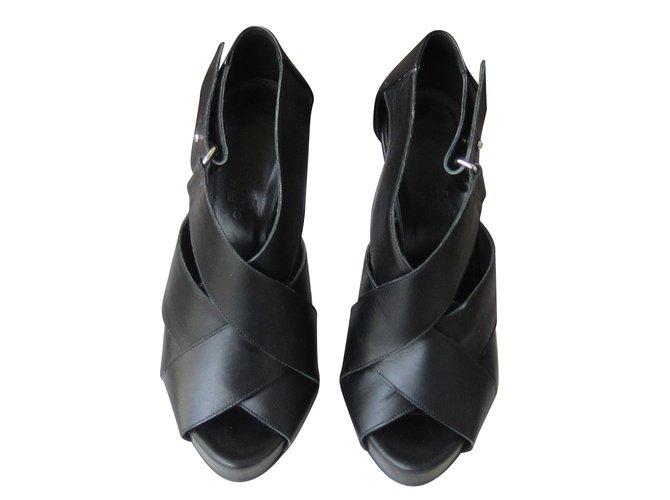 Hermès sandals Sandals Leather Black ref.71909