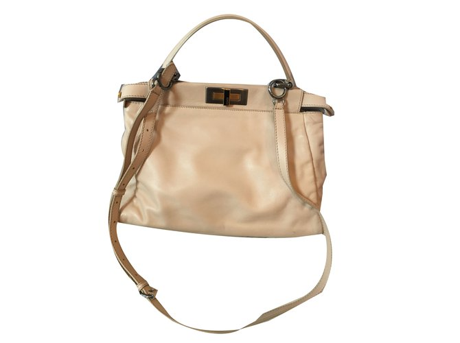 2fe104962d2d Fendi Peekaboo Handbags Leather Beige ref.72065 - Joli Closet