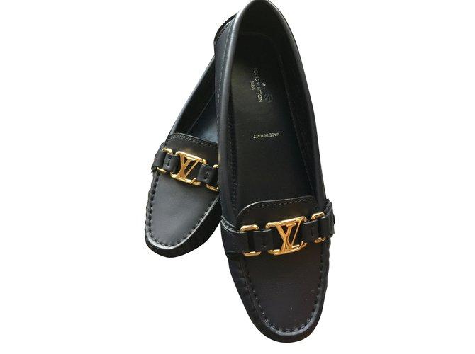 b521647d8acc Louis Vuitton Loafers Flats Leather Black ref.72172 - Joli Closet