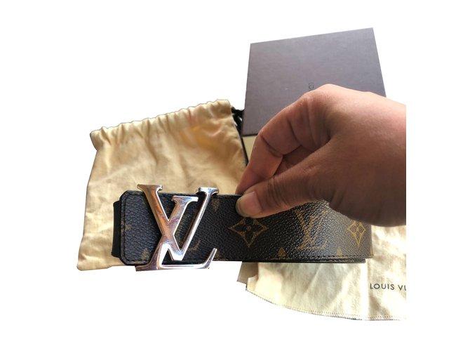 Ceintures Louis Vuitton Ceintures Cuir Marron ref.73036 - Joli Closet 618af76926a