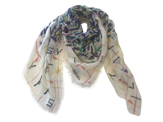 Chanel Scarves Scarves Cashmere Multiple colors ref.73691