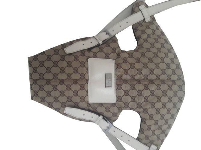 Sacs, trousses Gucci Porte-bébé Toile Beige ref.73870