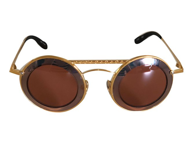 4cb03e8a9b519 Louis Vuitton Metropolis sunglasses Sunglasses Gold-plated Prune ref.75633