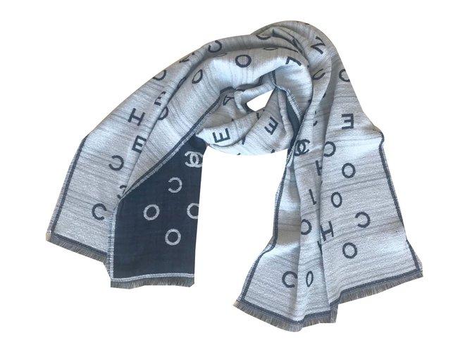 Chanel Scarves Scarves Cashmere Beige ref.76111