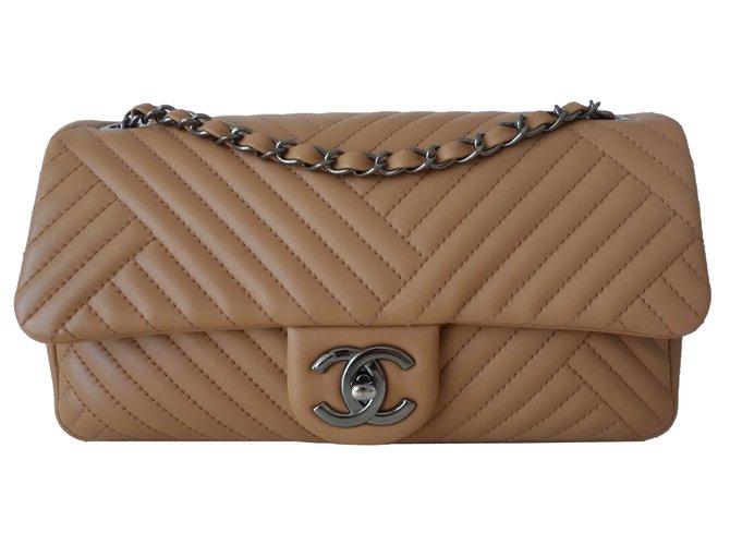 Sacs à main Chanel SAC CHANEL CLASSIQUE BEIGE Cuir Beige ref.76494