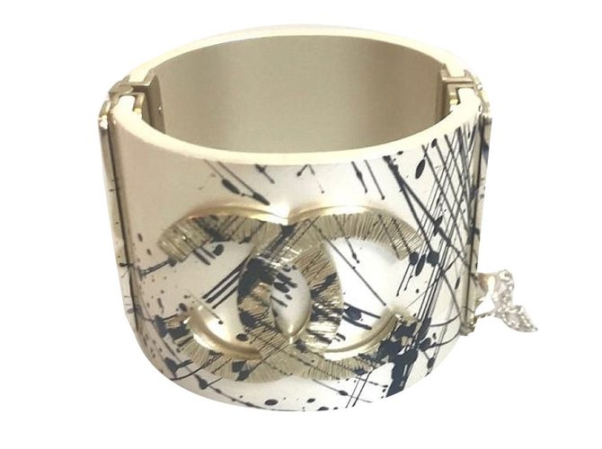 Bracelets Chanel Bracelets Autre Blanc ref.76505