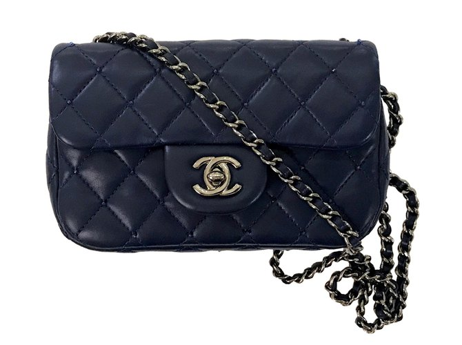 44b5a0288f4e Chanel Mini bag Handbags Leather Blue ref.76706 - Joli Closet