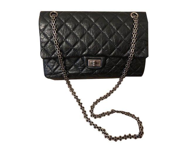 ca59a2ae476c64 Chanel Reissue 2.55 Handbags Leather Black ref.76937 - Joli Closet