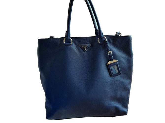 Prada Handbags Handbags Leather Navy blue ref.77058 - Joli Closet