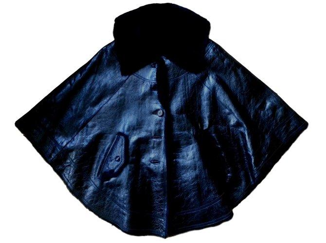 Manteaux Yves Salomon Cape cuir vernissé doublé fourrure Cuir Noir ref.77059