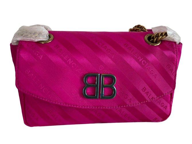 Balenciaga BB Round Handbags Leather Pink ref.77122 - Joli Closet