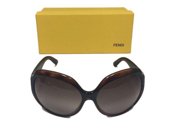 a2ffef6b39 Fendi Sunglasses Sunglasses Other Brown ref.77138 - Joli Closet