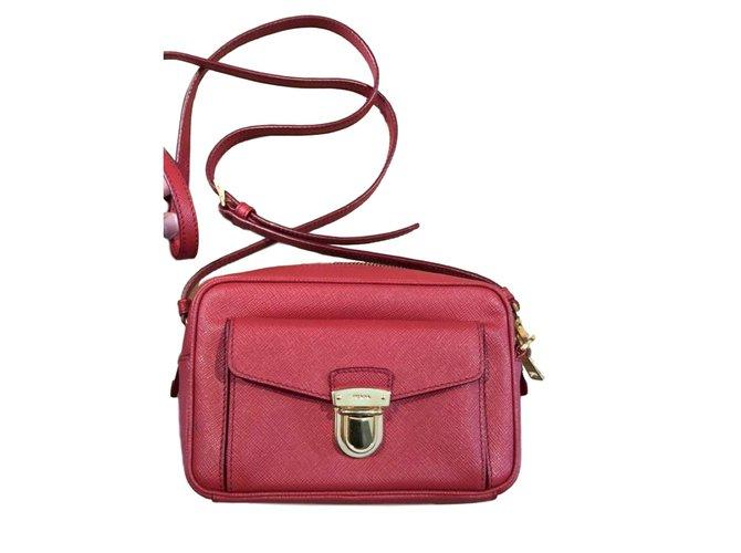 a46a4a7ce33a Prada Handbags Leather Red Ref 77486 Joli Closet