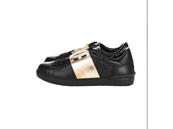 Valentino Garavani VALENTINO GARAVANI Sneakers Gold Open Sneakers Leather  Black ref.77911 d0a3f930b891