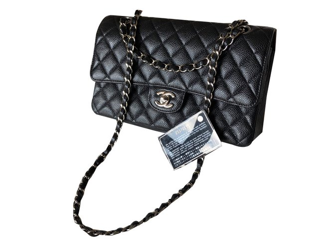 08d71e99dbdb4d Chanel Timeless classic flap bag Handbags Leather Black ref.78212 ...