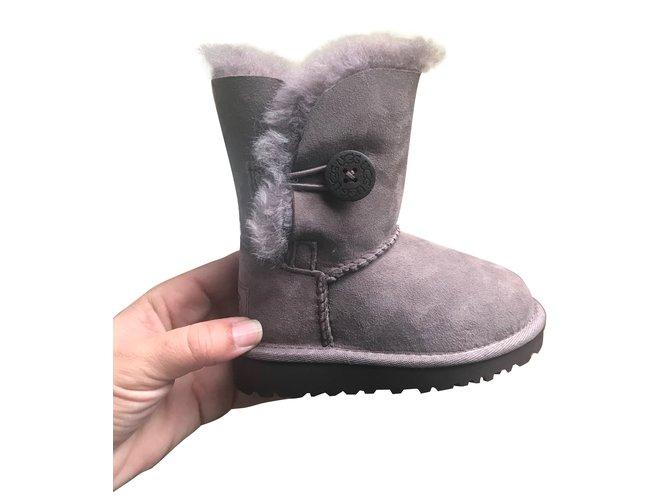 Ugg boots Boots Deerskin Beige ref.78323