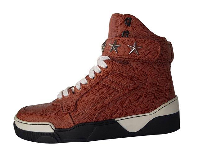 6cc4da0dccb3c7 Baskets homme Givenchy Baskets Cuir Marron ref.78415 - Joli Closet