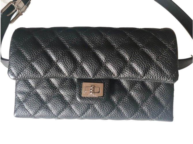 3b899352fe950 Chanel Clutch bags Clutch bags Leather Black ref.78674 - Joli Closet