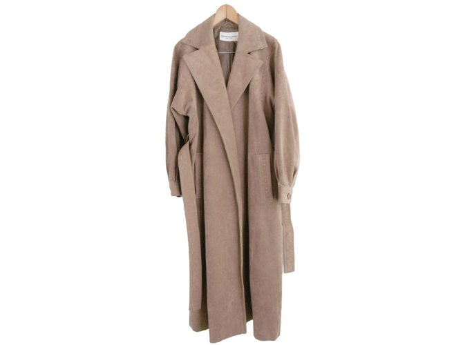 e40c0b8646a Pierre Balmain Pierre Balmain Coat Coats, Outerwear Synthetic Beige  ref.79396