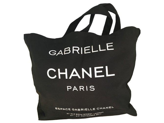 90a7a0310d9ab9 Chanel Chanel bag vip gift 2018 Totes Cloth Black ref.79404 - Joli ...