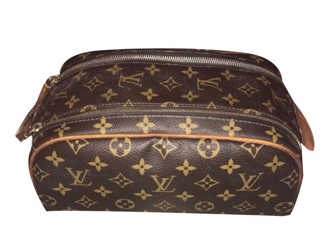 900a6f5b537 Louis Vuitton Wallets Small accessories Wallets Small accessories Leather  Brown ref.79622