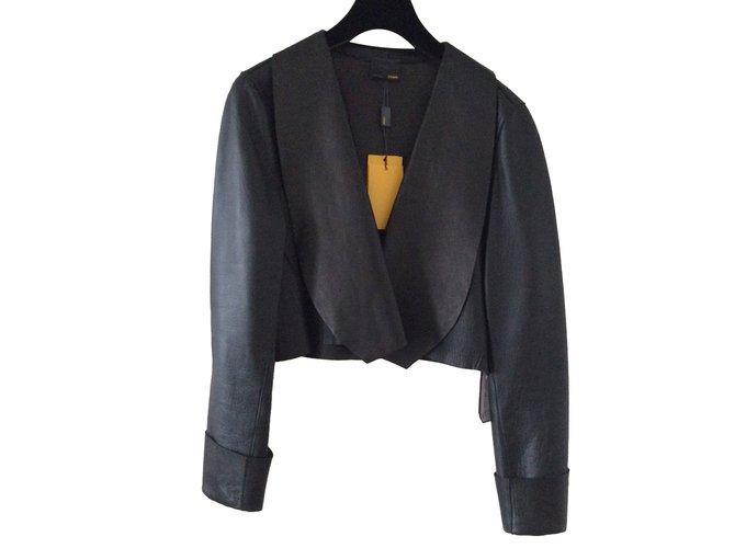 6d969f9252fd Vestes Fendi Veste blouson court en cuir noir Fendi Cuir Noir ref.79625