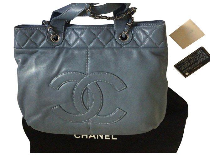 Chanel Tote Blue Lambskin  ref.79852