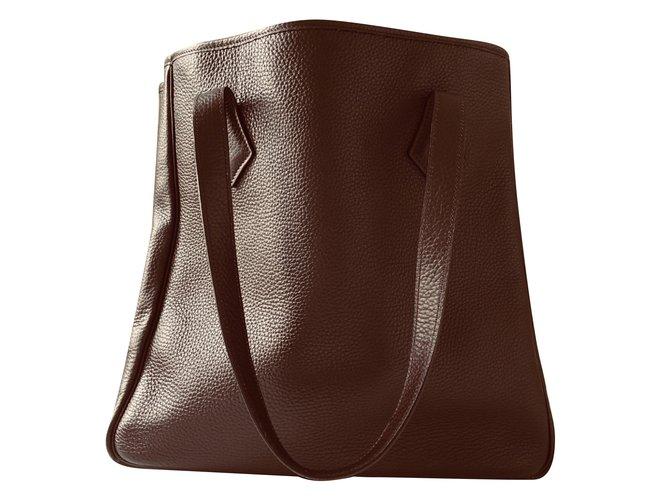 Sacs à main Hermès Victoria Cuir Marron foncé ref.80387