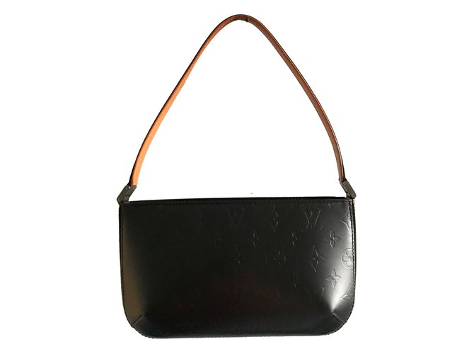 9ca5e26ecdb4 Louis Vuitton Handbags Handbags Leather Dark grey ref.80544 - Joli ...