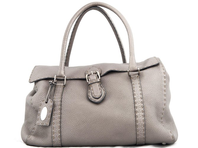 9078f3aa978d Fendi Grey leather   Selleria   shoulder bag Handbags Leather Grey ...