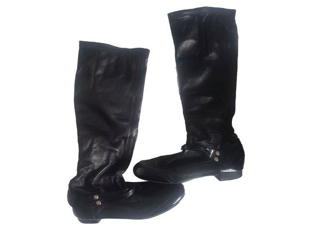 0b7643e5b Chanel boots Boots Leather Black ref.82373 - Joli Closet