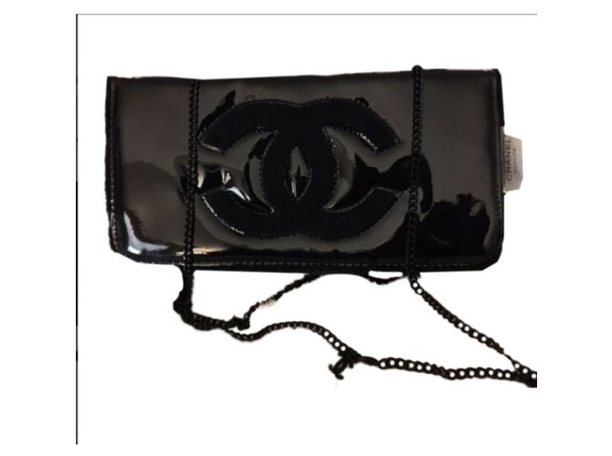 3d2b88142396 Chanel Clutch bags VIP gifts Other Black ref.82401 - Joli Closet