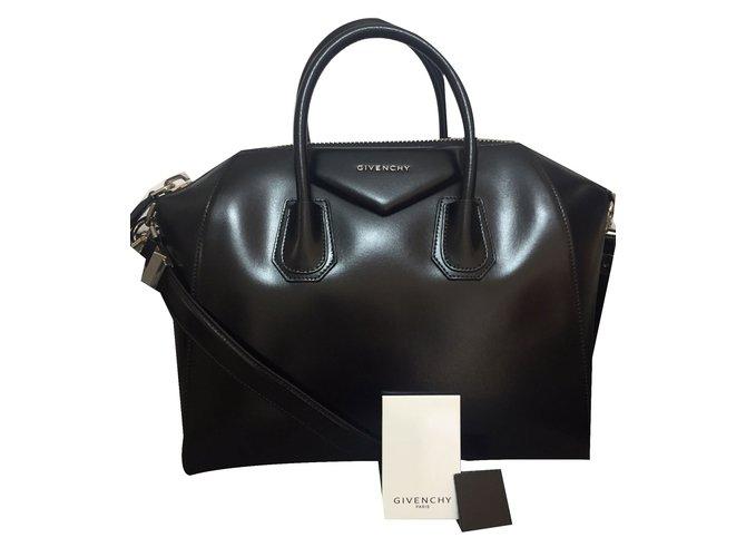 57201674d5b Givenchy antigona medium size black smooth leather Handbags Leather Black  ref.83288