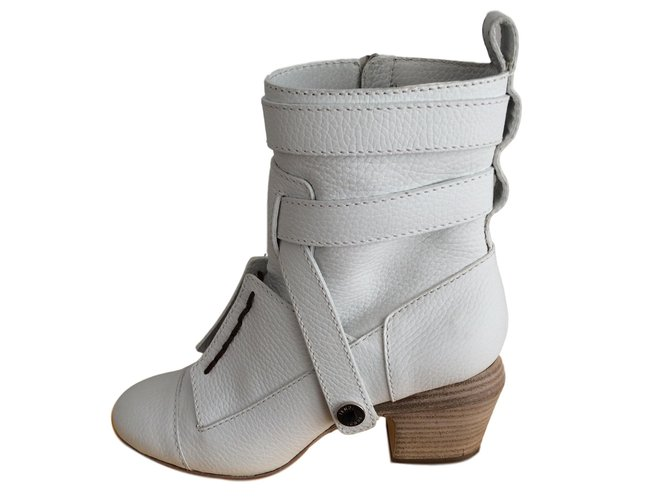 Fendi Ankle boots Ankle Boots Leather White ref.84079