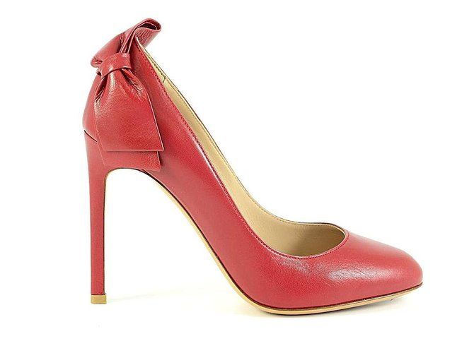 b81f77f87a28 Valentino Valentino shoes Heels Leather Red ref.84103 - Joli Closet