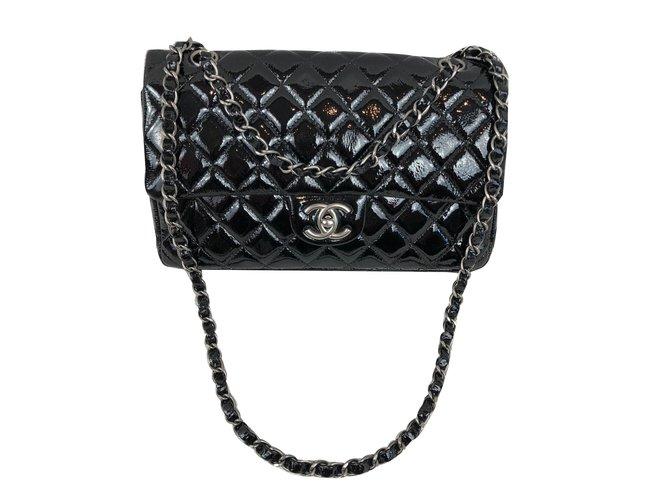 f2347b33c644c6 Chanel Handbags Handbags Patent leather Black ref.84190 - Joli Closet
