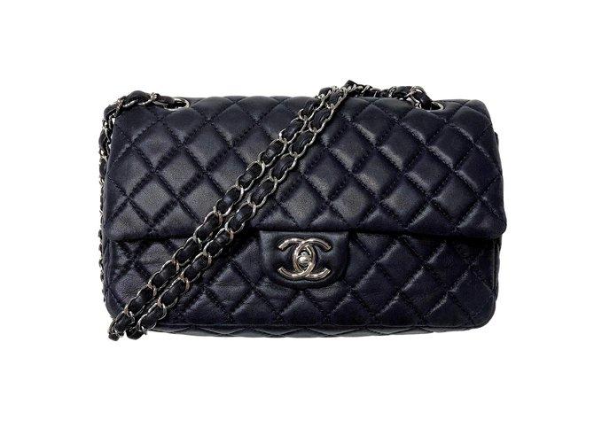 f55d7b61a3d437 Chanel Timeless Medium Double Flap Bag Handbags Leather Navy blue ref.84310