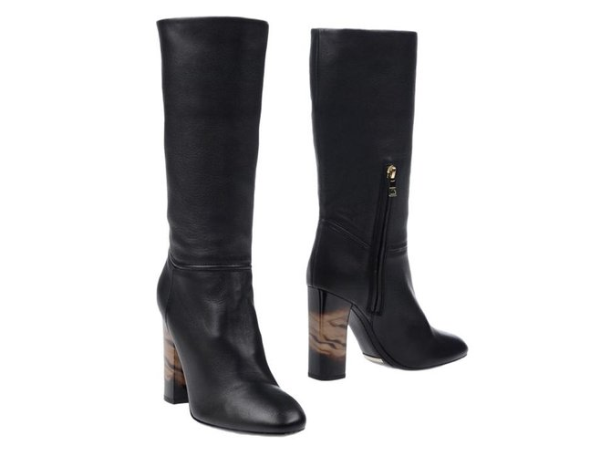 Burberry boots Boots Leather Black ref.85017