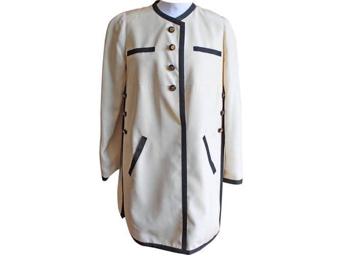 9cc0cf6fe5bedc ... Chanel Silk Blouse tunics Silk Cream ref 85048 Joli Closet