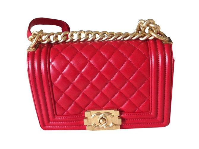 42f83551111e0a Chanel BOY handbag Handbags Leather Red ref.85491 - Joli Closet
