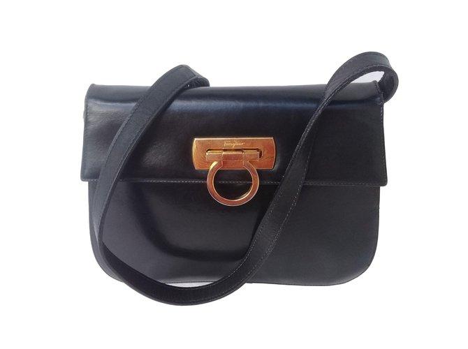 89563ed06 Salvatore Ferragamo Handbags Handbags Leather Black ref.85654 - Joli ...
