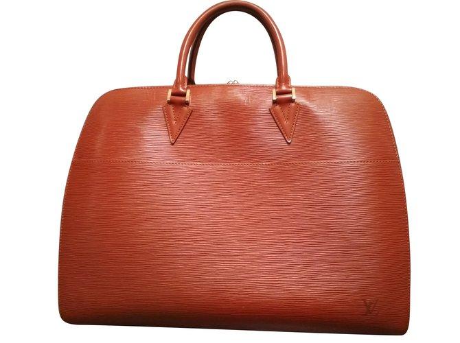 807318a0c3e0 Louis Vuitton briefcase