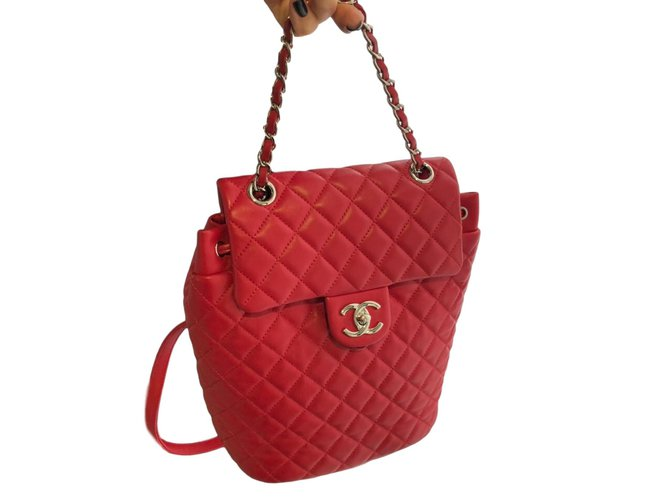 Chanel URBAN SPIRIT CALFSKIN SMALL Backpacks Leather Red ref.86034 ... 03ce04ab35