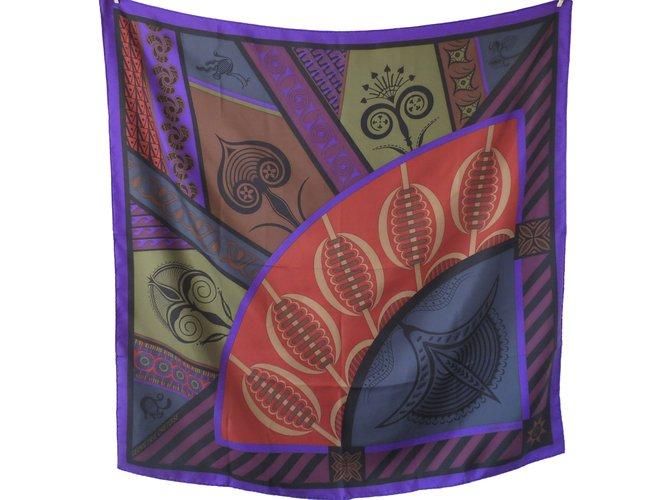 8618222e281 Carrés Hermès Carré Soie Violet ref.86072 - Joli Closet