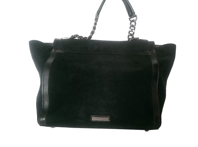 632041582390 Bcbg max azria handbags polyethilene deerskin black ref jpg 670x500 Bcbg  handbags
