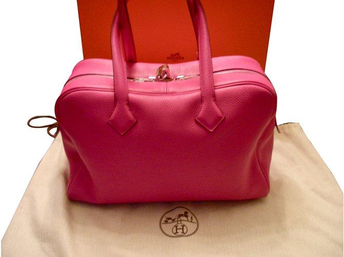 Hermès Victoria Handbags Leather Fuschia ref.86464