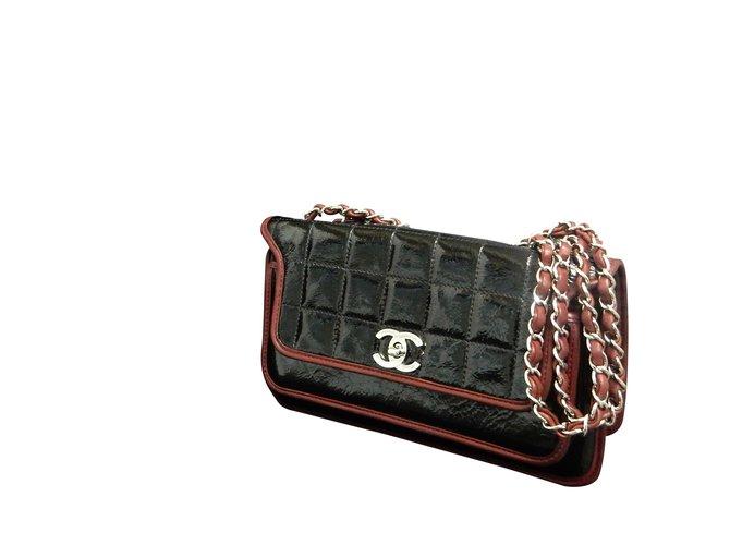b74312c84c87 Chanel Chocolate Bar Handbags Patent leather Red ref.86872 - Joli Closet