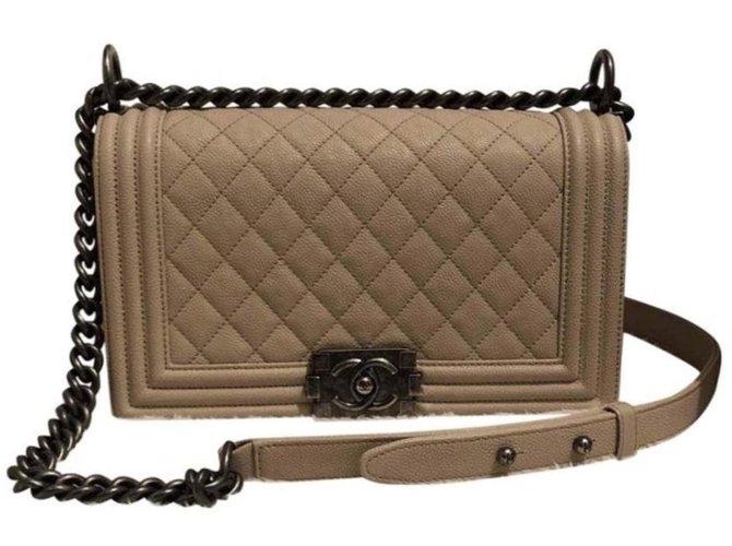 Chanel Chanel boy Handbags Leather Cream ref.86962
