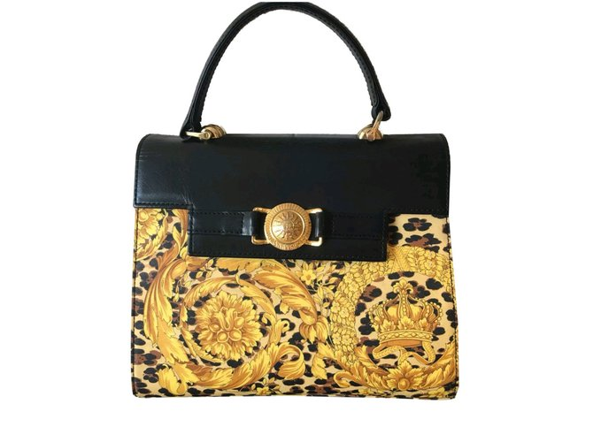 9348f123f5 Gianni Versace Gianni versace Kelly baroque medusa bag Handbags Leather  Black