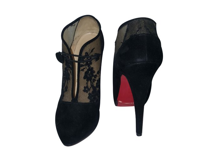 chaussures noires louboutin